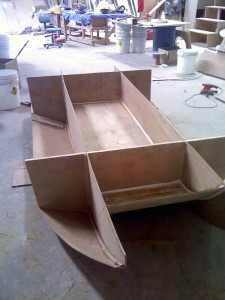 ply dingy  base in
